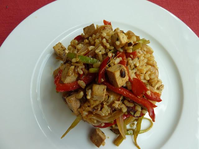 Tofu de verduras y arroz integral