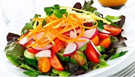 Ensalada de vegetales frescos